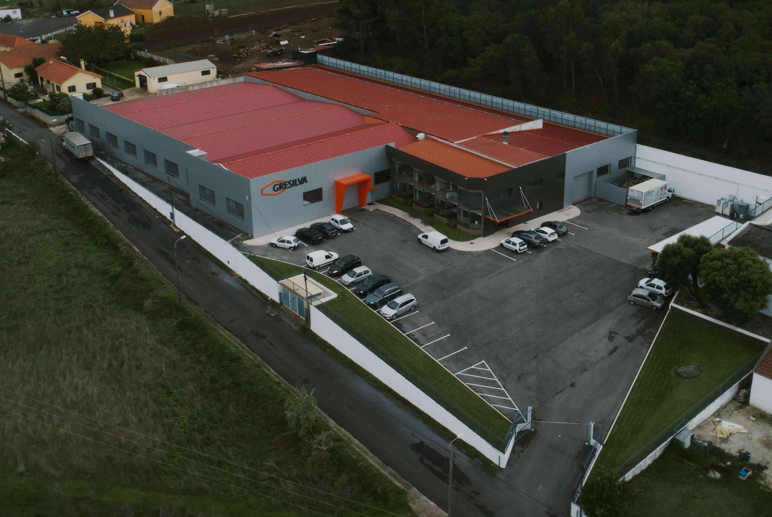 Vista área da sede da Gresilva, em Almargem do Bispo, Sintra